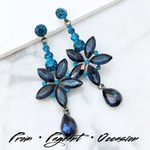 Jewelry - NEW PROM PAGEANT Navy Teal Crystal Event Earrings